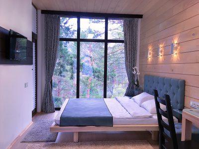 Гостевой дом интерьер и вид из окна